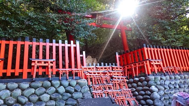 伏見稲荷大社奥の院のお山遥拝所
