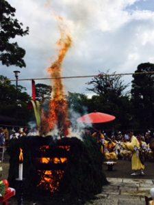 清水寺採燈大護摩供の龍のような火焔