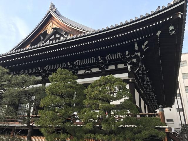 本能寺は六角堂から徒歩ですぐ