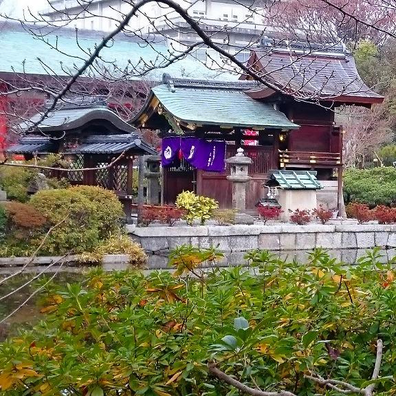 神泉苑の善女龍王社は強いパワースポット