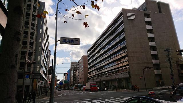 烏丸高辻の京都銀行本店