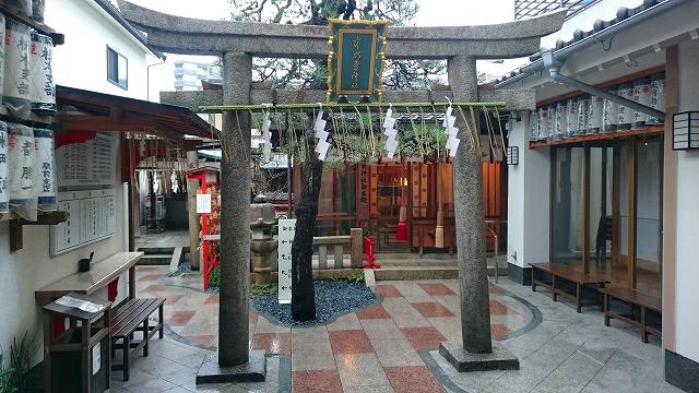 市比賣神社の境内