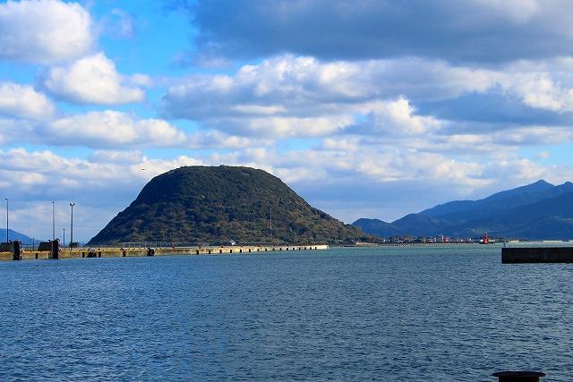 宝当神社がある高島