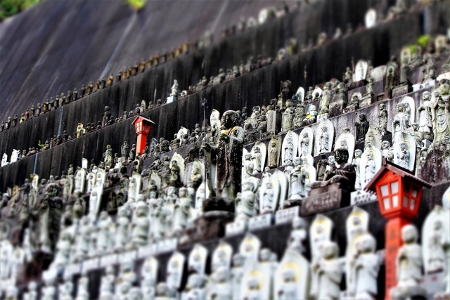 大分県の高塚愛宕地蔵尊で子宝祈願