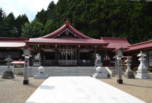 金蛇水神社は金運神社で有名なパワースポット