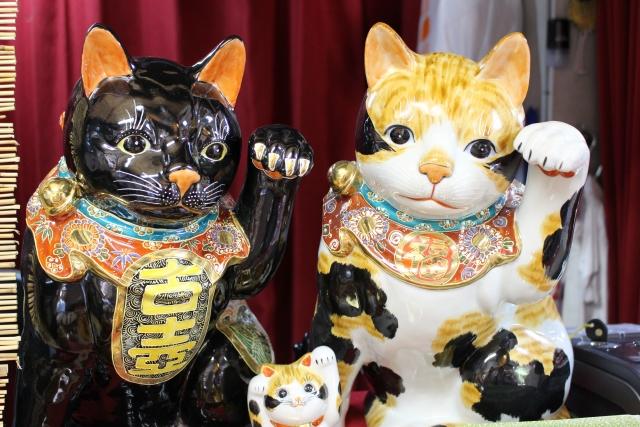 招き猫と座布団のご利益