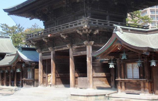 新潟の白山神社の神さま